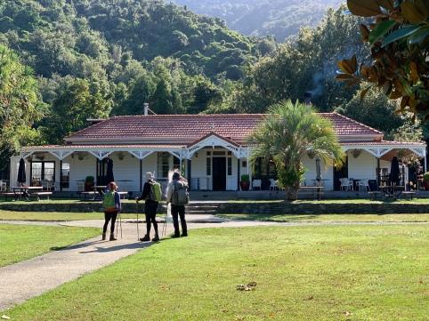Furneaux Lodge